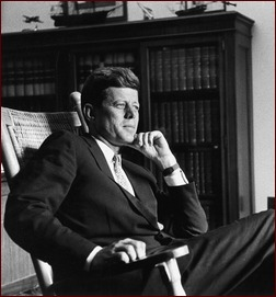 JFK_1959_in_Senate_Office